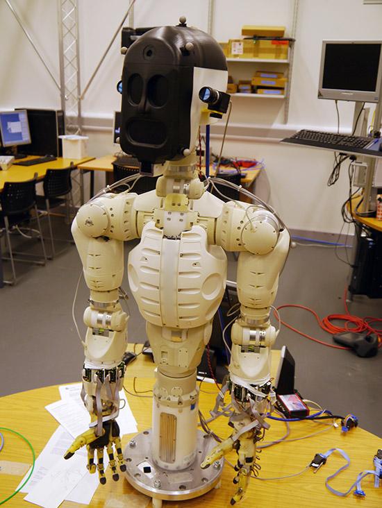 controllable robot