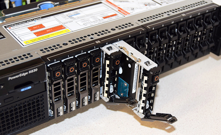 dell-pe-r830-storage.jpg