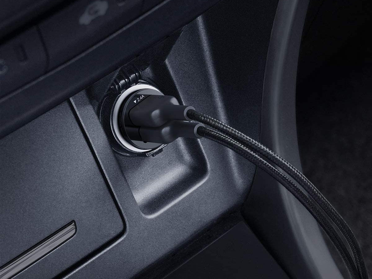 aukey-mini-usb-cell-phone-car-adapter.jpg