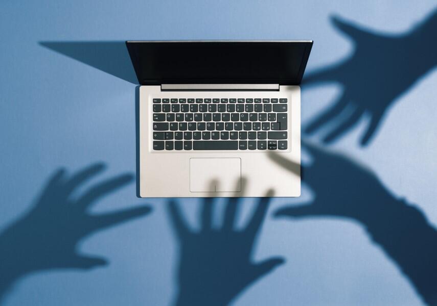 shadow-it-cybersecurity-laptop-theft.jpg