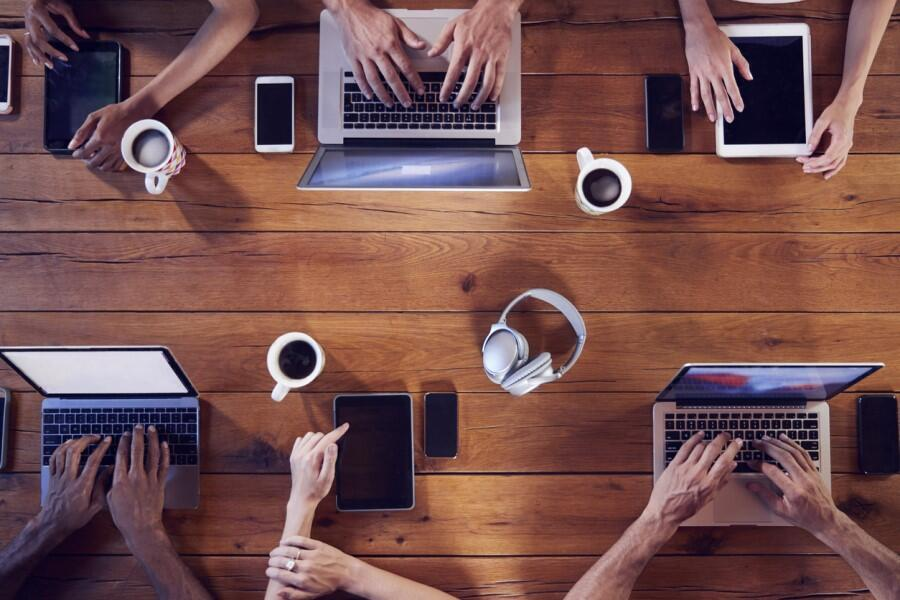 remote-working-devices-laptop-smartphone-collaboration-mobility.jpg