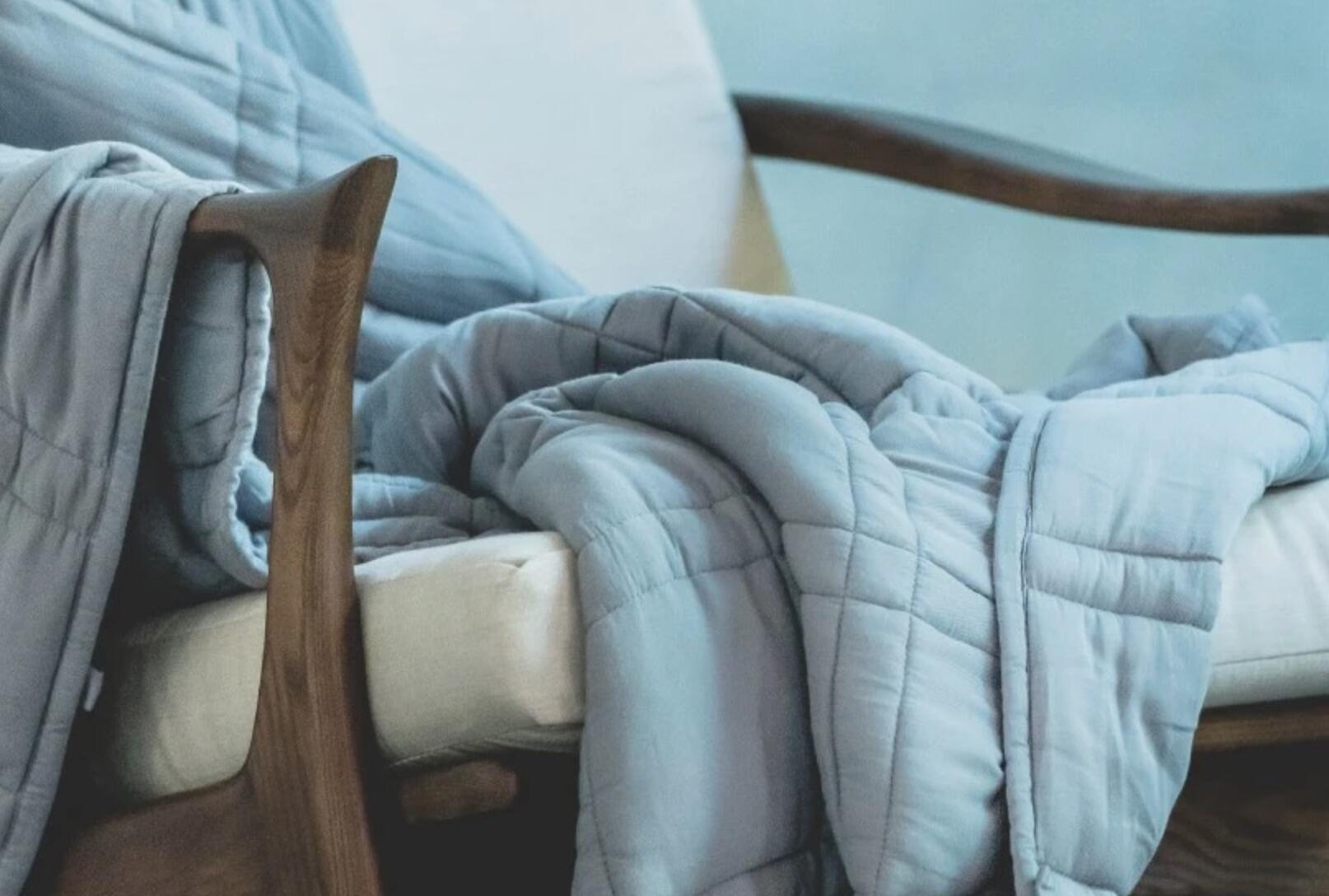 bamboo-weighted-blanket-comma-home.jpg